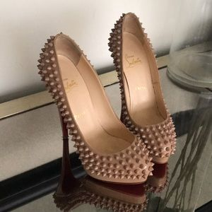 Spiked Christian Louboutin heel size 38 perfect